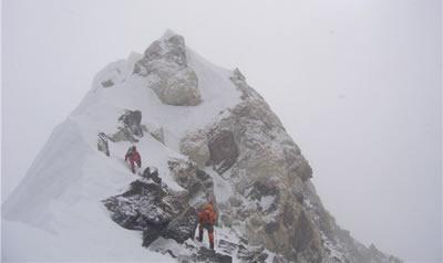 Succès franço suisse au Makalu