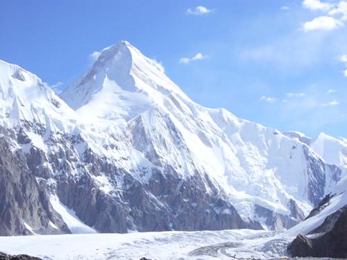 la course de vitesse en altitude ou Khan Tengri Mountain Festival