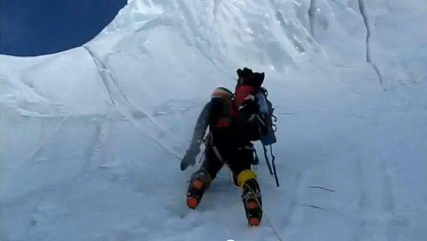 Tentative hivernale du Gasherbrum I : la vido