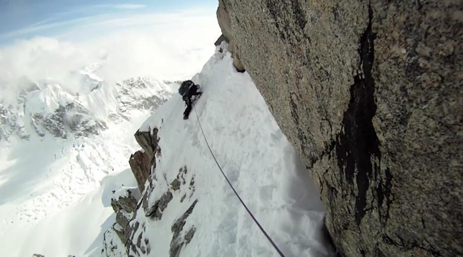 Arête Ouest du Mont Hunter en Alaska (vidéo US)