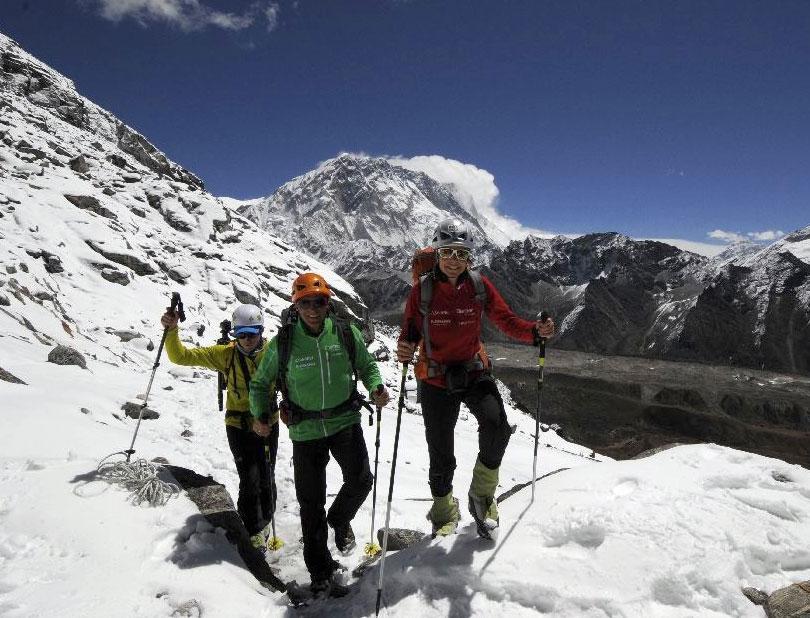 Sommet du Nuptse (7861 m) pour Kaltenbrunner et Gottler