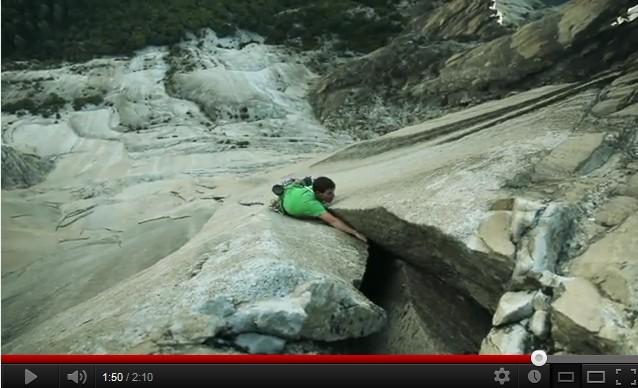 escalade libre au Yosemite's Mt Watkins par Alex Honnold
