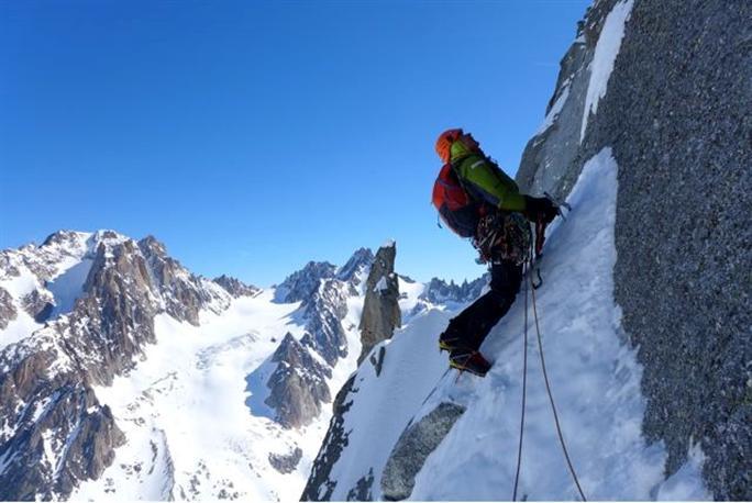Patrick Gabarrou ouvre trois voies dans le massif du Mont-Blanc