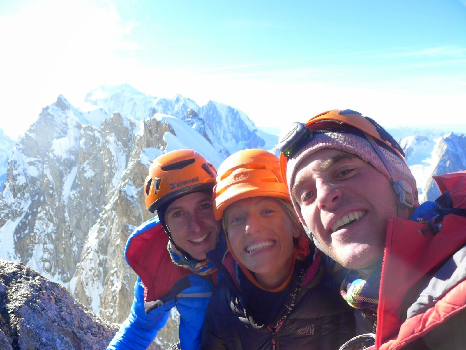 Rêve éphémère d'alpiniste – Face Nord des Grandes Jorasses (800m;WI4+;M4)