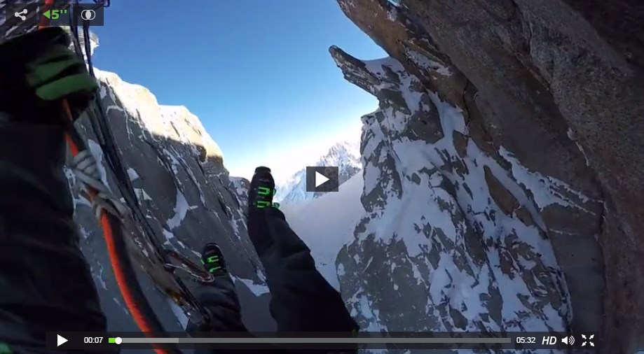 Ski de couloir à Départ de l'Aiguille du Midi (rappel depuis la passerelle) avec Giulia MONEGO,Tony LAMICHE et Aurélien DUCROZ