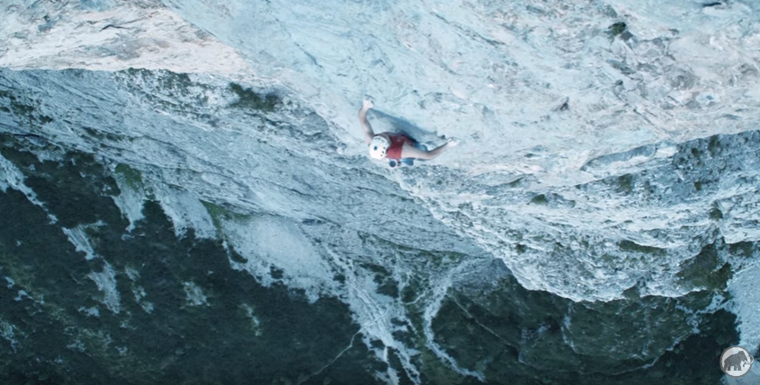 Dani Arnold escalade en libre extrême impressionnant
