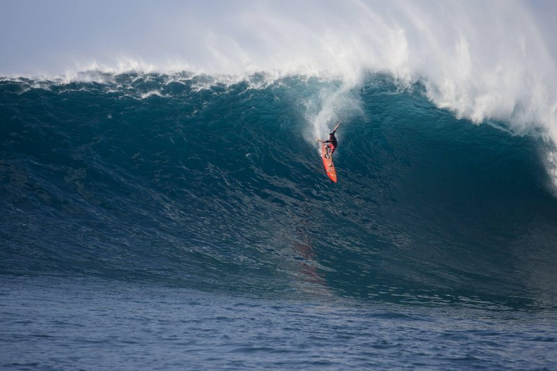 Wipe Out sur les très grosses vagues