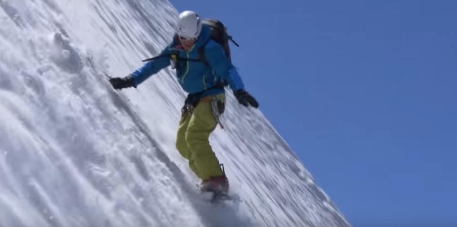 la traversée du massif du Mont Blanc en Snowboard, ski de pente raide et alpinisme réalisé par Fred Bernard & Laurent Bibollet