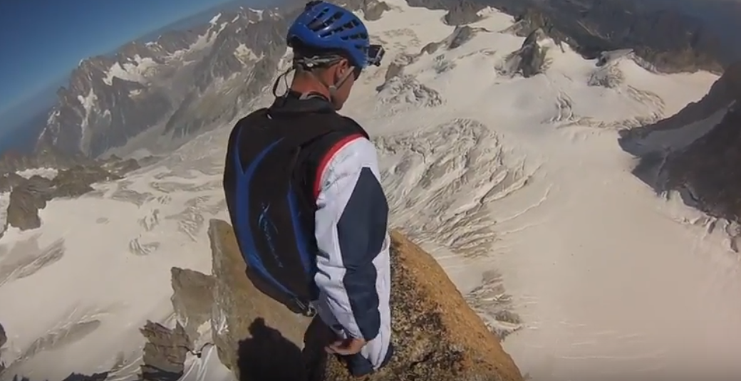 BASE JUMP. PARALPINISME AU GRAND CAPUCIN