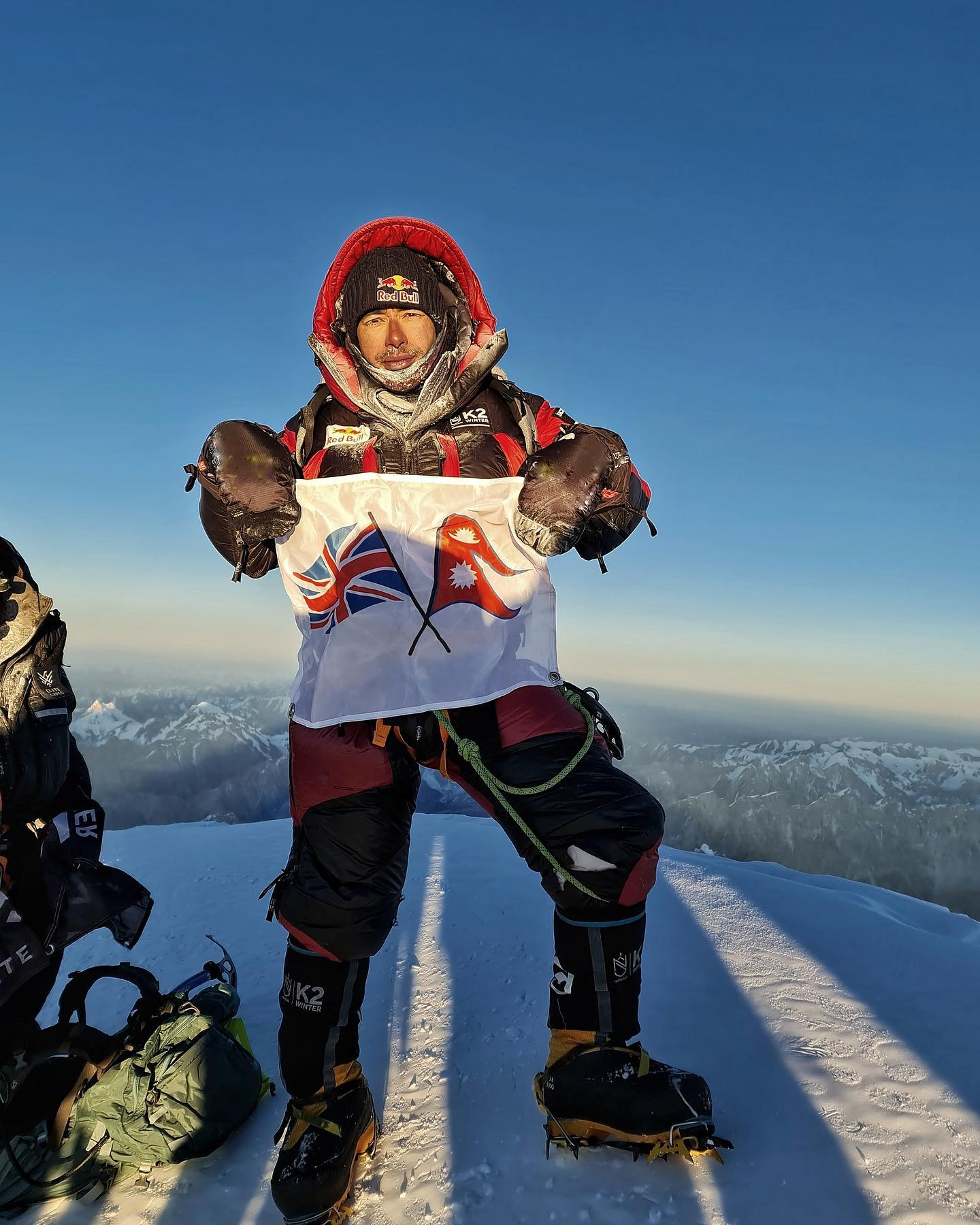 première ascension hivernale du K2 8611 le 16 janvier 2021
